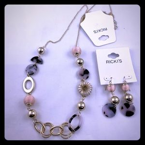 RICKIE'S NECKLACE & EARRINGS SET
